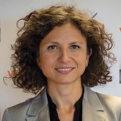 Piera Valeria Cordaro. Le donne italiane di successo più infleunti.