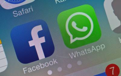 Privacy su Whatsapp: o si condividono i dati con Facebook o addio account