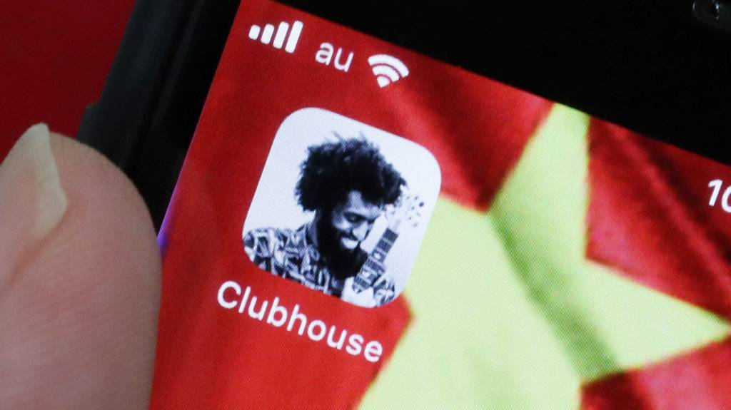 Conversazioni su Clubhouse la Cina le traccia