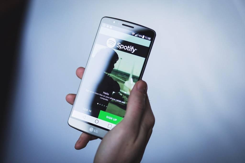 scegliere la musica su spotify