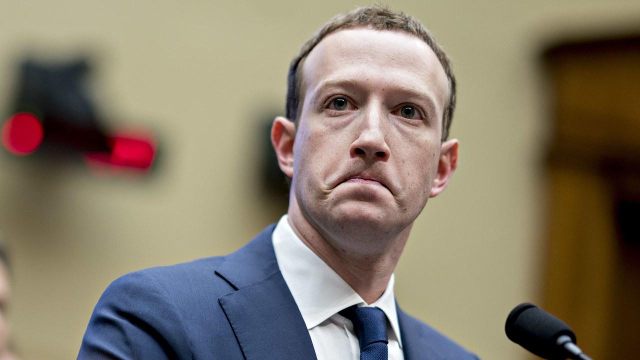 Comunicazione sulla home di Facebook: cosa significa e perché è comparsa