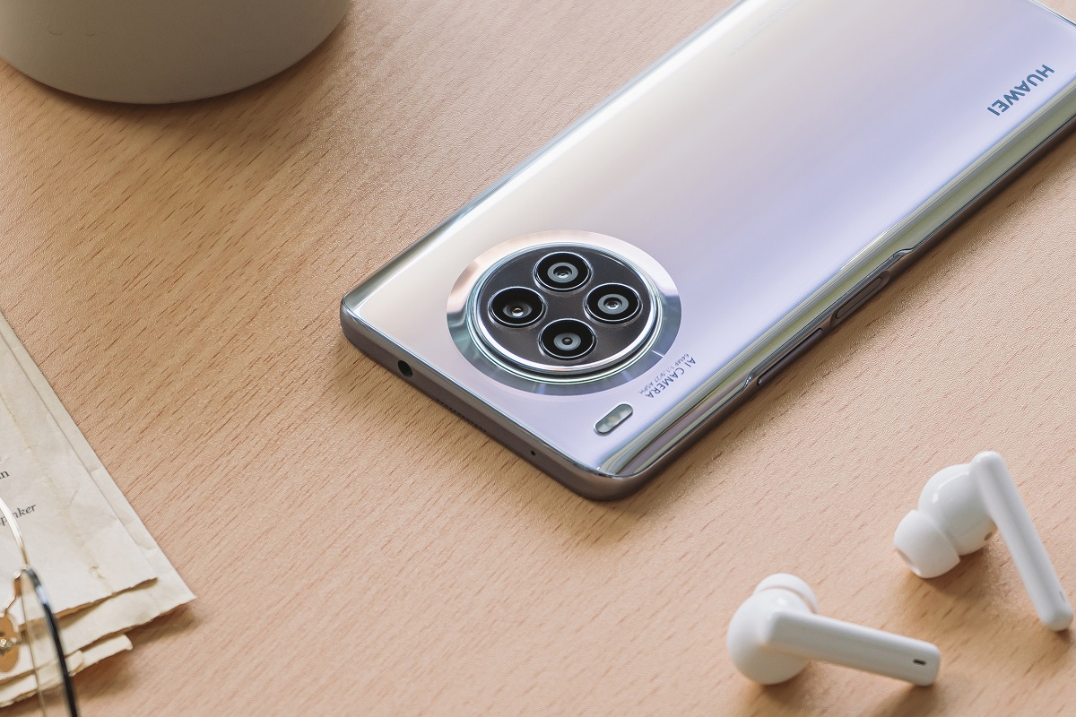 Huawei nova 8i: design elegante e potente fotocamera quadrupla